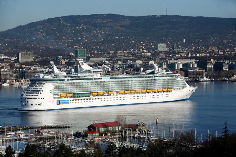 Kleinstädte auf hoher See: Kreuzfahrtschiffe werden immer größer