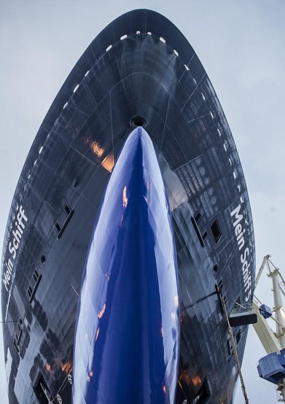 Stahlplatte zum Ozeanriesen: So entsteht ein Kreuzfahrtschiff