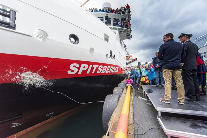 Die Taufe der MS SPITSBERGEN. Foto: Ørjan Bertelsen