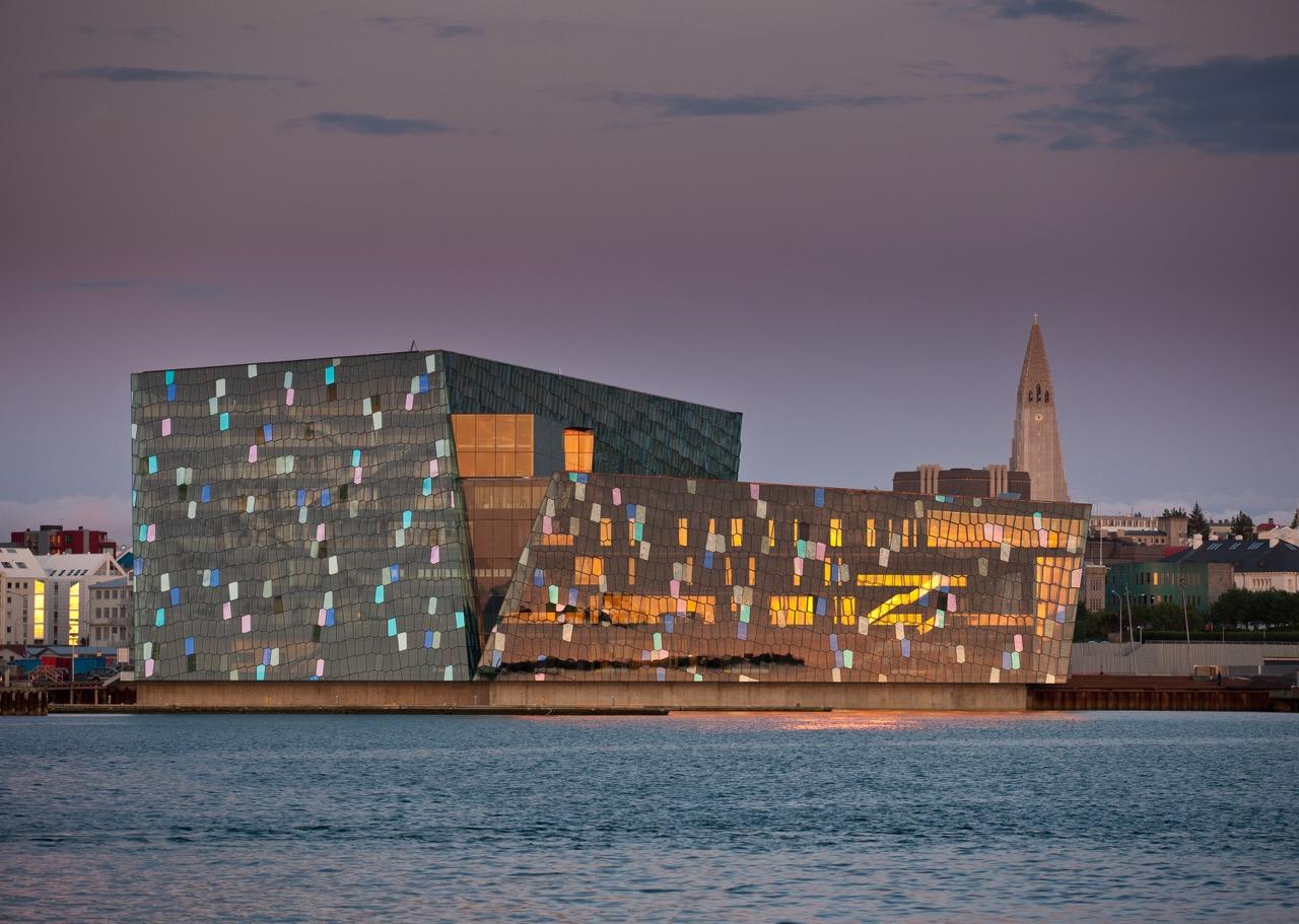 Konzerthaus und Kongresshalle Harpa in Reykjavik   Foto: Promote Island