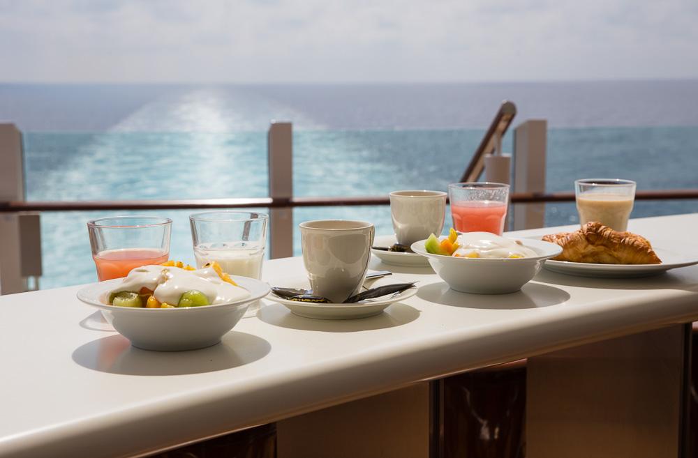 Frühstück mit perfekter Aussicht vom Lanai-Deck