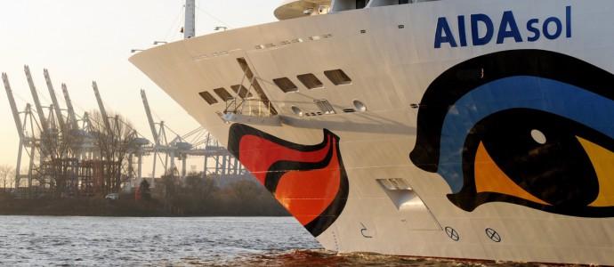 AIDA SOL: erstes Kreuzfahrtschiff an Hamburger Steckdose