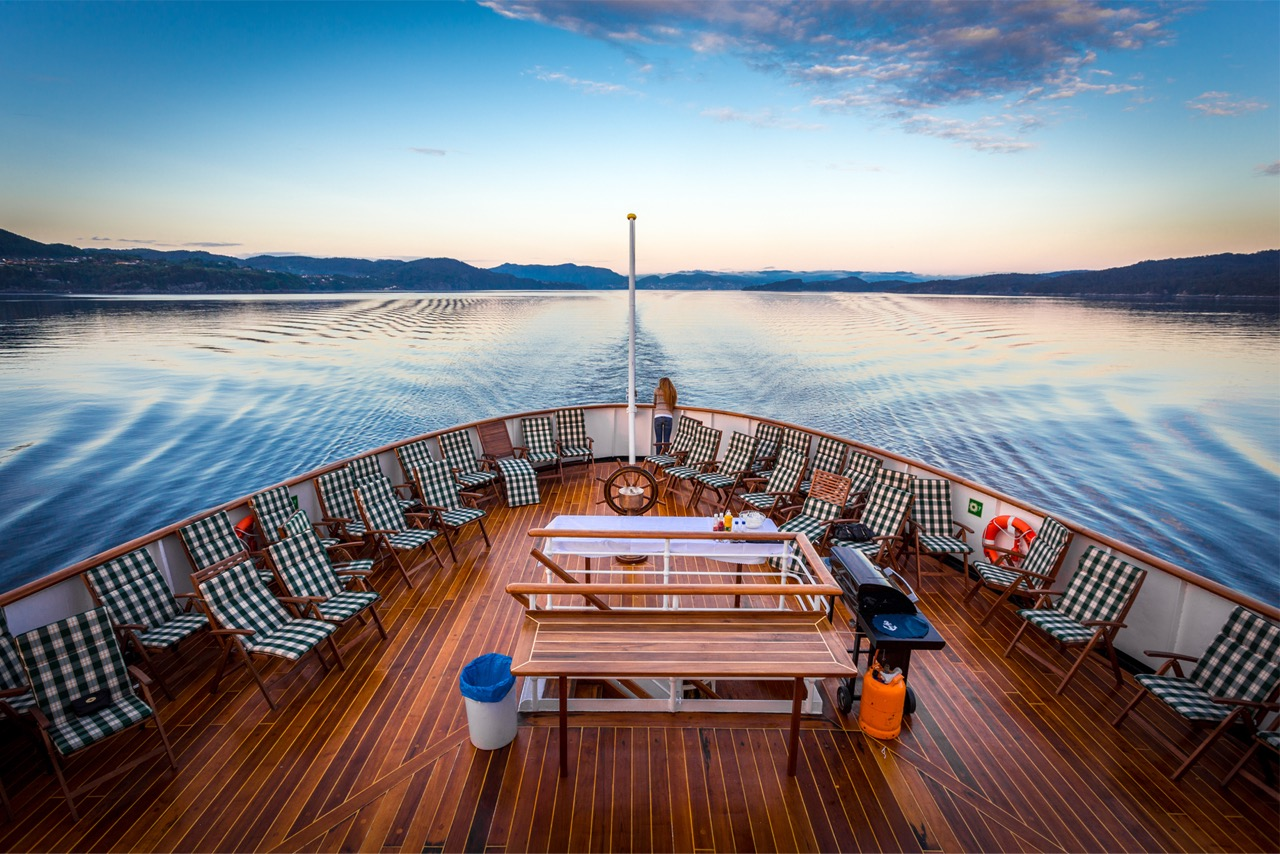 Das Achterdeck  Foto: Hurtigruten